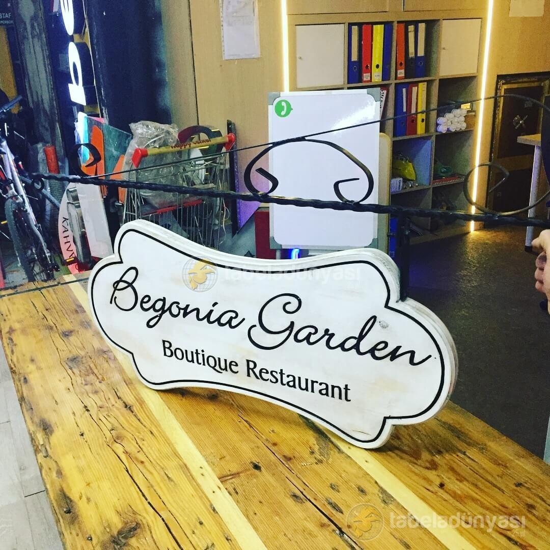 begonia garden ahşap tabela