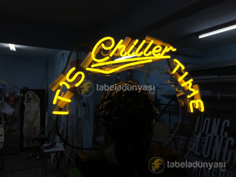its_chiller_time_neon_tabela_4