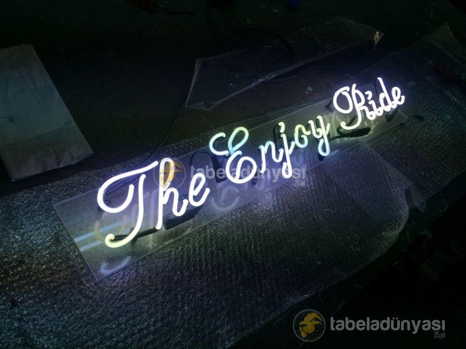the_enjoy_ride_neon_tabela_4