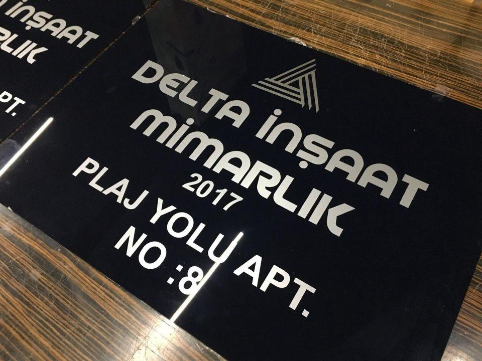 Delta Insaat Apartman Tabelası Uretım