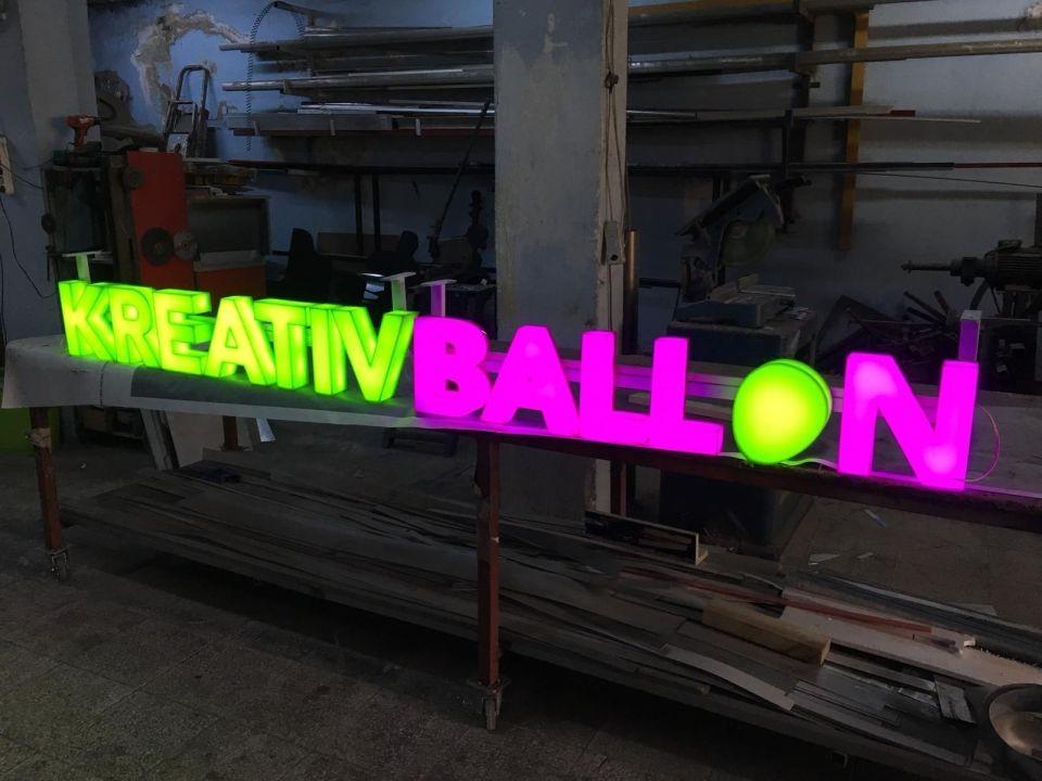 Kreatıv Balon Işıklı Pleksı Kutu Harf Tabela