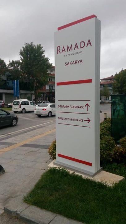 Ramada Otel Adapazarı(Sakarya) Isıklı Kanopı Totem Tabela