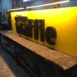 Goztepe Waffle Dıstan Aydınlatma Kutu Harf Tabela