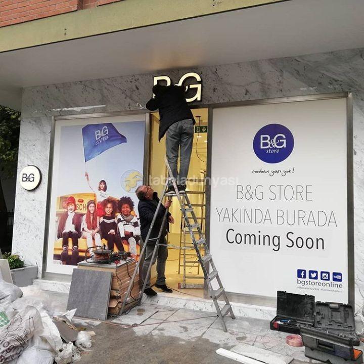 BG Store Bagdat Cad Icten Aydınlatmalı Fılelı Krom Kutu Harf Tabela Montaj