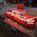 Nuset Azerbaycan kutu harf uzerı cıplak neon Imalat