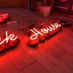 Nuset Azerbaycan kutu harf uzerı tek sıra cıplak neon