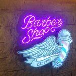 Barber Shop Almanya Ahsap Zemin li Neon Gorunumlu Hortum Led 3D Led Tabela Imalat