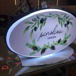 Pinoliva Garden Isıklı Çift Taraflı Elips Hazır Tabela Montaj