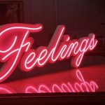 Fransa Feelings Ahsap Zemin Neon led imalat