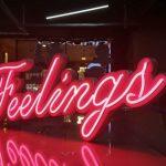 Fransa Feelings Led İle Neon Gorunumlu Tabela