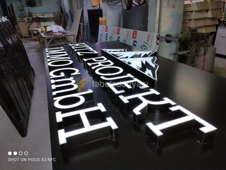 Kitz Projekt Immo GmbH Avusturya Isıklı kutu Harf tabela imalatı